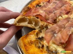 Pizza con impasto al farro e lunga lievitazione col Companion Moulinex
