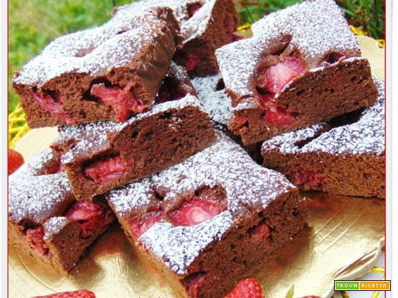 BROWNIES VELOCI NUTELLA E FRAGOLE
