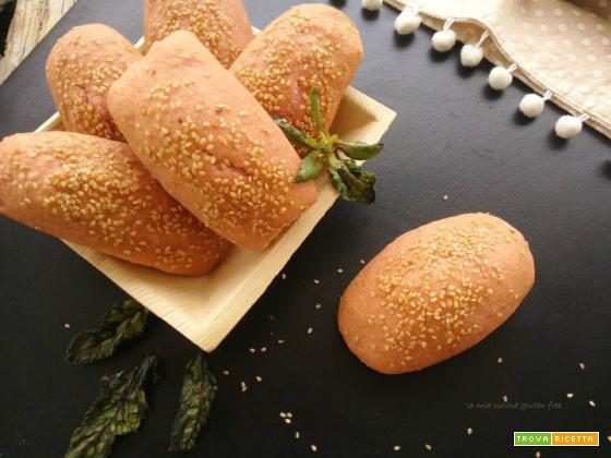 Panini alla barbabietola senza glutine
