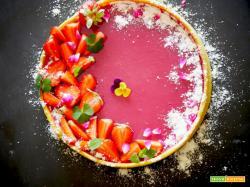 Ricetta facile: Torta brisèe con gelèe di fragole o ciliegie