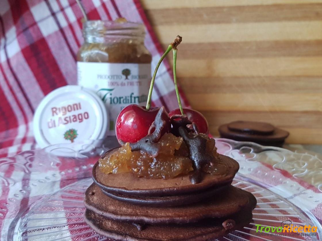 Ricetta Pancake Nella Bottiglia.Pancakes Al Cacao Veloci Nella Bottiglia Ricetta Trovaricetta Com