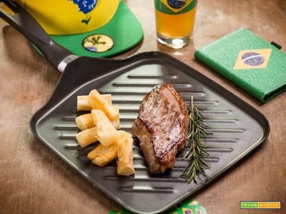 Picanha alla piastra con manioca al forno: il piatto che celebra il Brasile