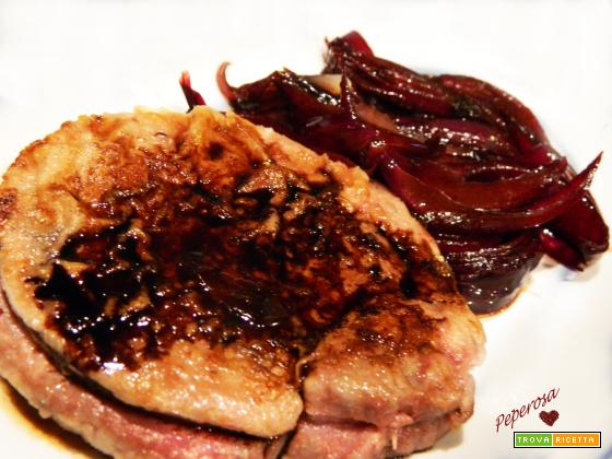 Filetto e cipolle rosse al balsamico