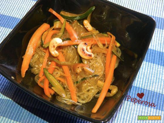 Vermicelli di soia con verdure