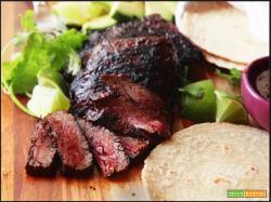 Carne asada (alla messicana) con riso alla greca