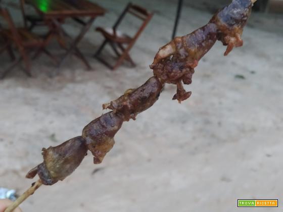 Espetinho de coraao de frango