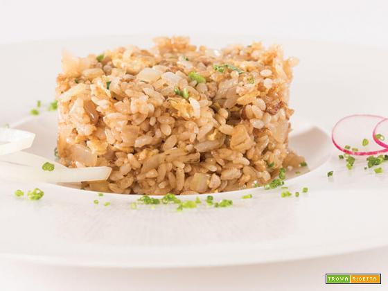 Yaki-Meshi (riso fritto alla giapponese, con pollo)