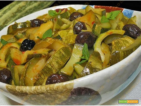 Zucchine in umido con 'Nduja e olive