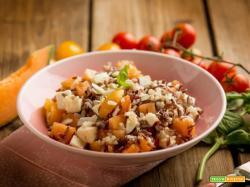 Idea per pranzo: insalata di riso con melone e pomodorini