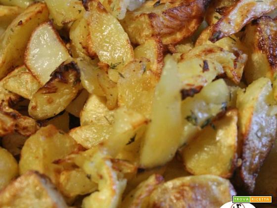 Impariamo ad usare la friggitrice ad aria: patate arrosto al timo