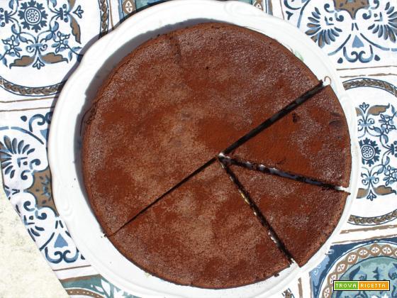 Torta con okara di mandorle e cioccolato