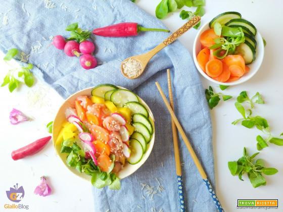 Poke bowl al salmone