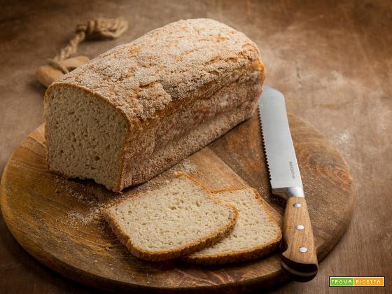 Pane in cassetta al fonio, una merenda salata
