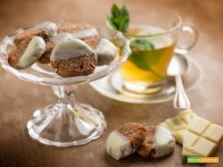 Biscotti al cocco e banana, semplici e dal gusto perfetto