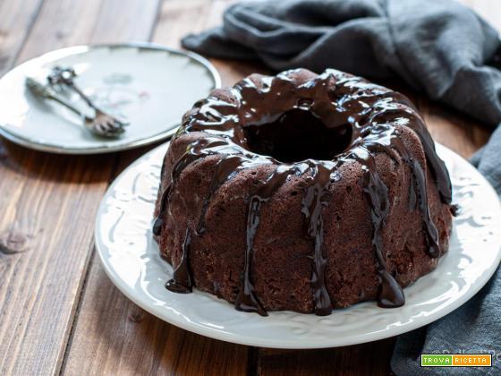 Ciambella al cioccolato e panna acida
