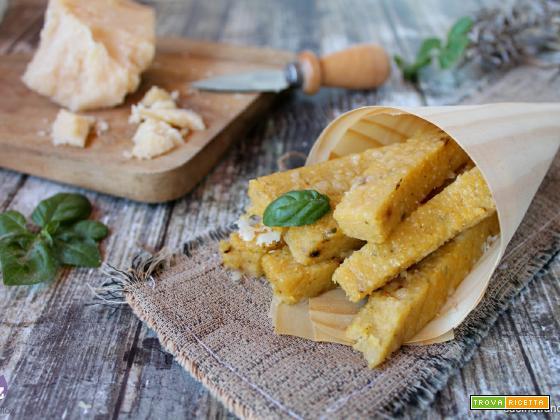 Stick di polenta con formaggio