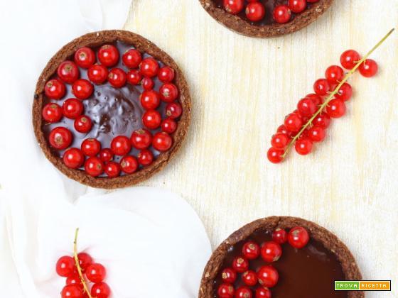 Crostatine vegan al cioccolato fondente