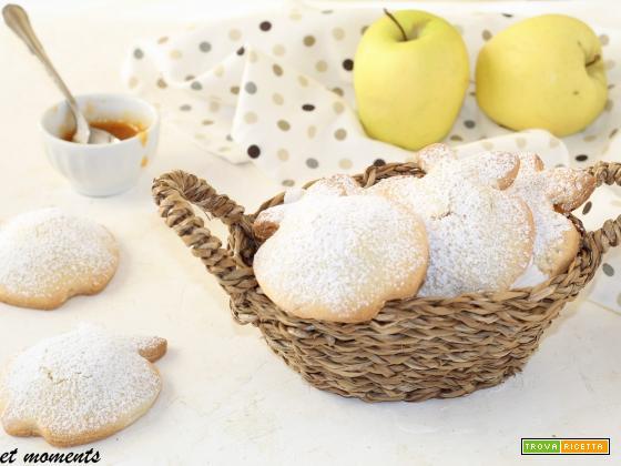 Biscotti cuor di mela e marmellata