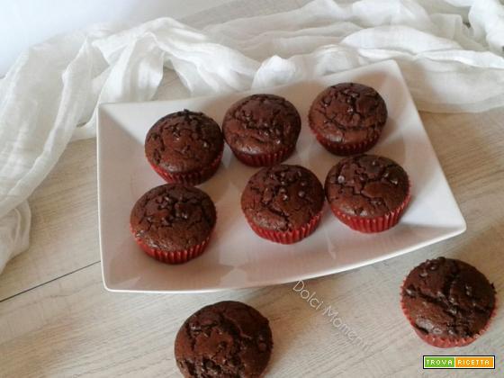 Muffin al cacao e gocce di cioccolato