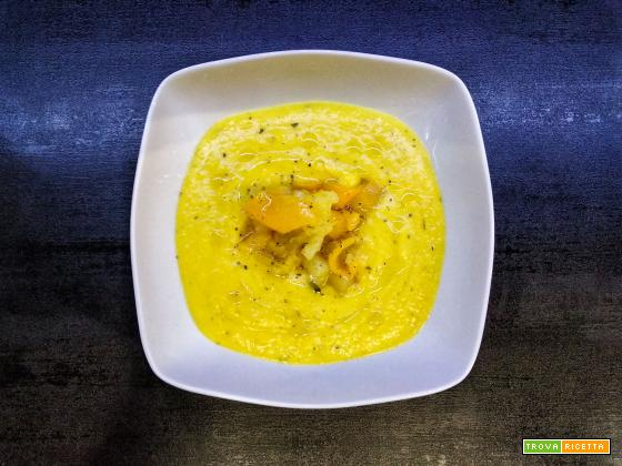 Vellutata di peperoni gialli e patate