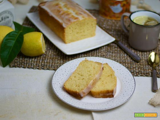 Plumcake al limone, la colazione facile e genuina!