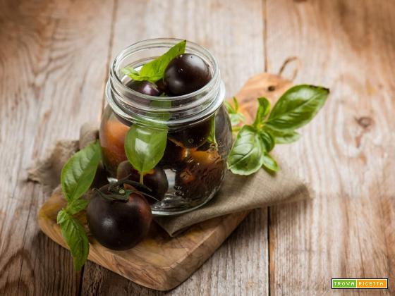 Conserva di pomodori Yoom, ottima per ogni occasione