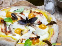 PIZZA AI CEREALI CON CREMA DI ZUCCA E GUANCIALE