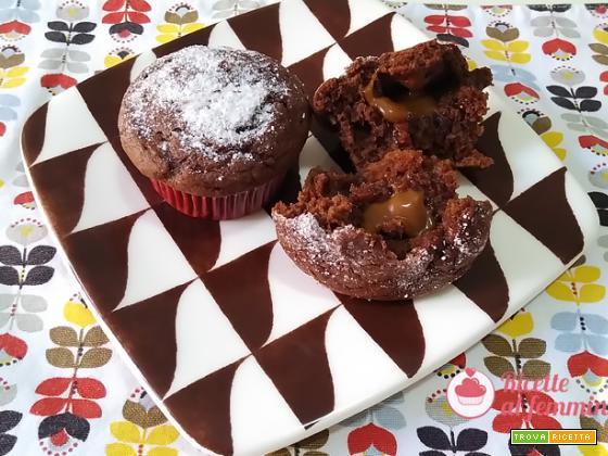 Muffin al cioccolato e crema mou