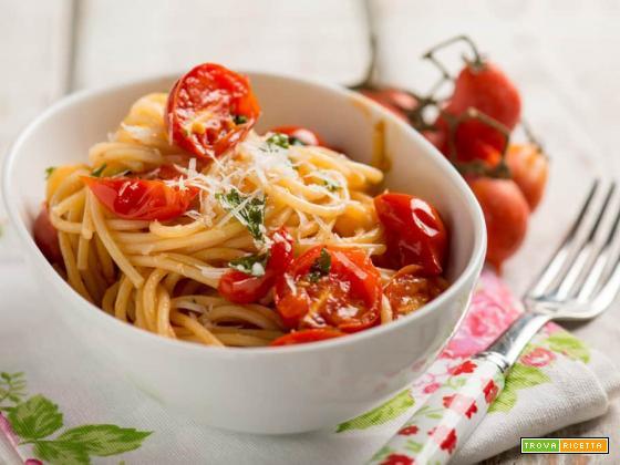 Spaghetti al pomodorino del Piennolo, un piatto DOP