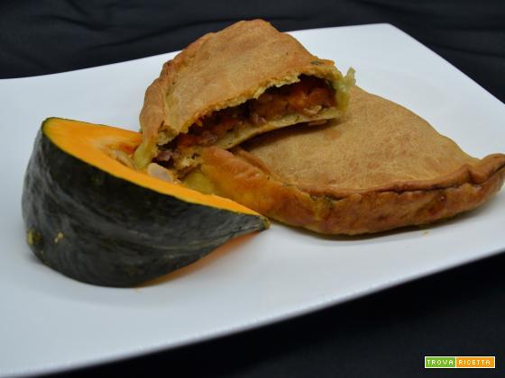 Ricetta – Calzone con zucca e salsiccia