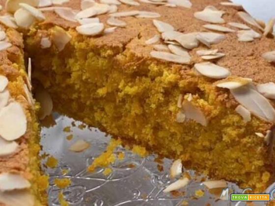 """Torta """"Camilla"""" con carote e mandorle, impastata col CuCo Moulinex"""
