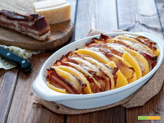 Polenta gratinata con pancetta e formaggio