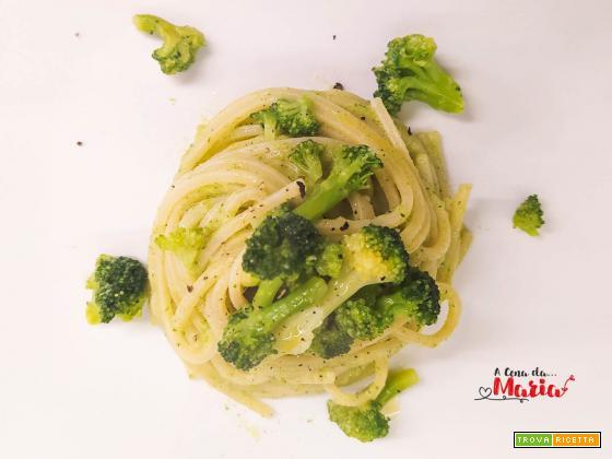 Spaghetti quadrati con crema di broccoli