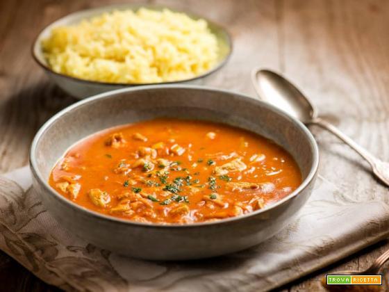 Zuppa di cappone al curry e latte di cocco, ricetta indiana