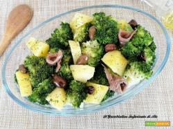 Broccolo in insalata con patate e olive taggiasche