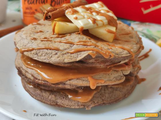 Pancake Proteici alla Mela 3 Ingredienti