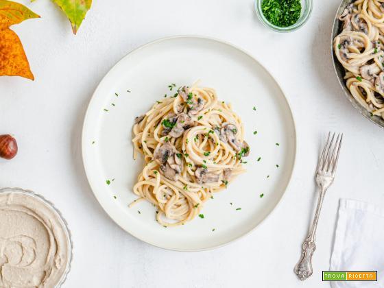 Spaghetti al pesto di castagne e nocciole