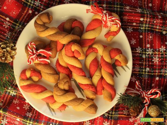 Bastoncini di Natale: biscotti di pasta frolla per le feste