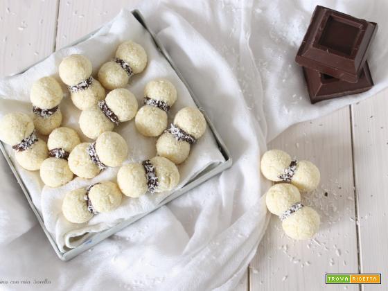 Baci di dama al cocco e cioccolato veloci