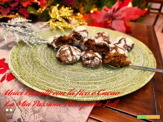 unici biscotti con la fico e cacao