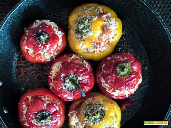 Peperoni ripieni di riso e  erbette {vegetariani}