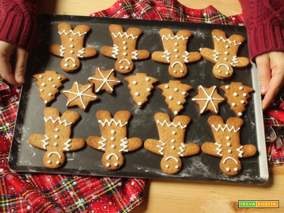Gingerbread: omini di pan di zenzero di Natale