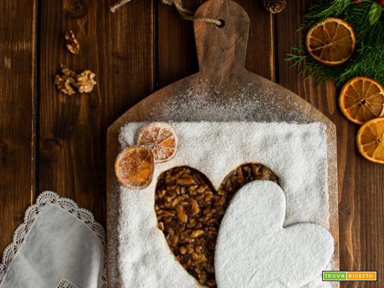 Crostata al miele con noci e agrumi