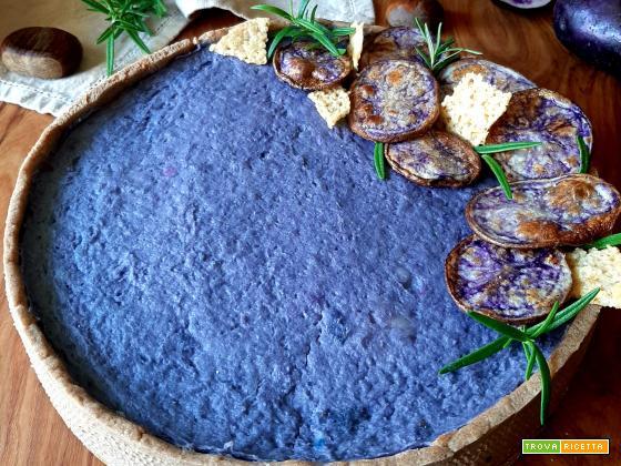 Crostata salata con patate viola