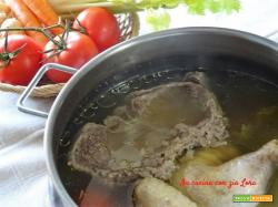 Come fare un buon brodo di carne