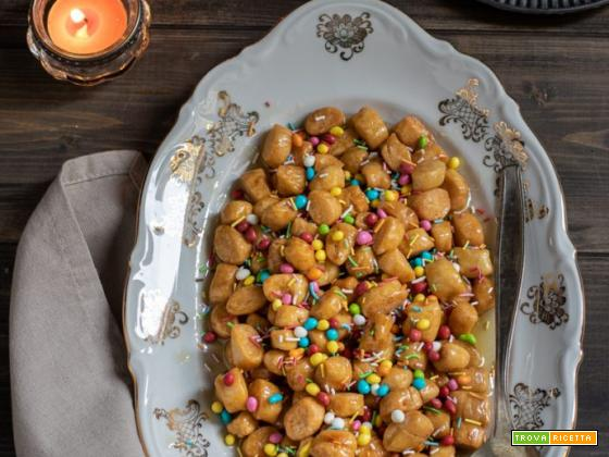 Struffoli di Natale: ricetta napoletana
