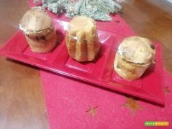 Mignon di pandoro e panettone farciti con creme al mascarpone