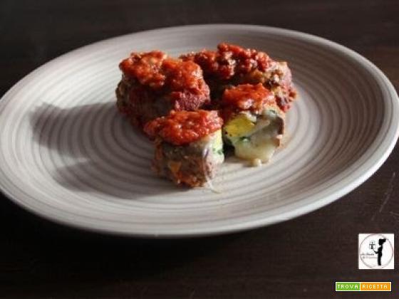 Rolatine di carne ripiene di uova sode e grana, al sugo in friggitrice ad aria