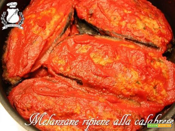 Melanzane ripiene alla calabrese senza carne al sugo (Mulangiane chine)