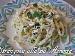 Strangozzi alla Zia Assunta (zucchine, pancetta e ricotta)